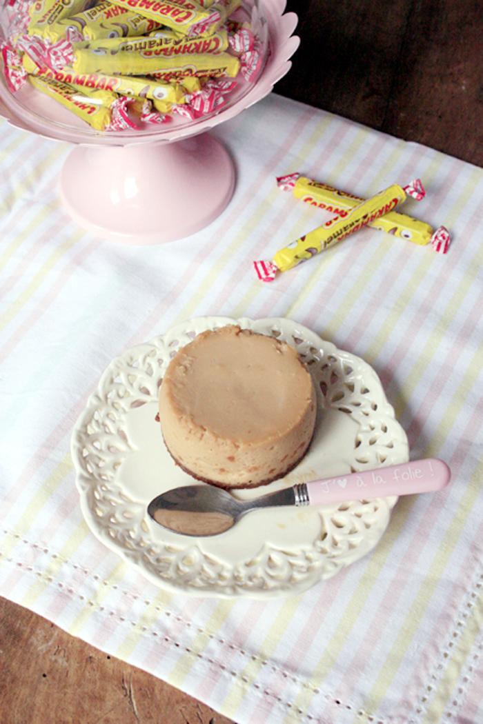 Totalement régressif ce cheesecake aux carambars, à préparer pour les petits comme les grands gourmands.
